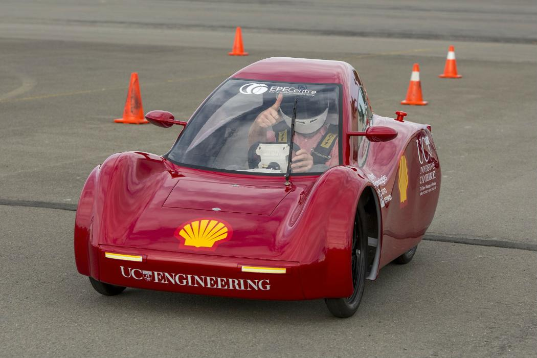 electrical engineering students build electric car