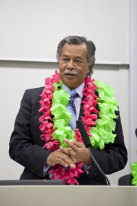 Political dialogue with a Cook Island flavour