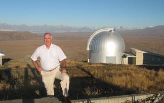 One of New Zealand's leading astronomers retires